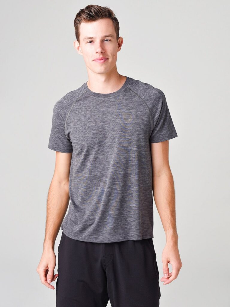 Rhone-Reign-Tech-Short-Sleeve-Shirt-which-t-shirt-is-best-for-gym
