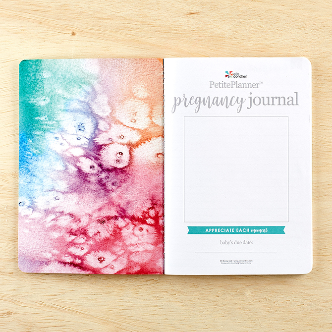 PetitePlanner-Pregnancy-Journal-mothers-day-gift-for-pregnant-wife