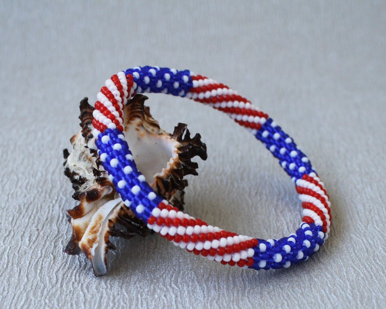 American flag bracelet with no clasp-best Independence Day gift under 25$