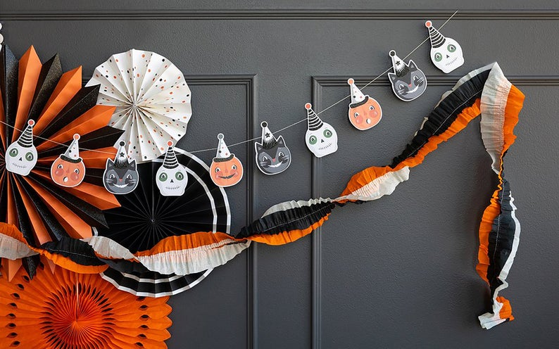 Halloween Garland- best Halloween gift