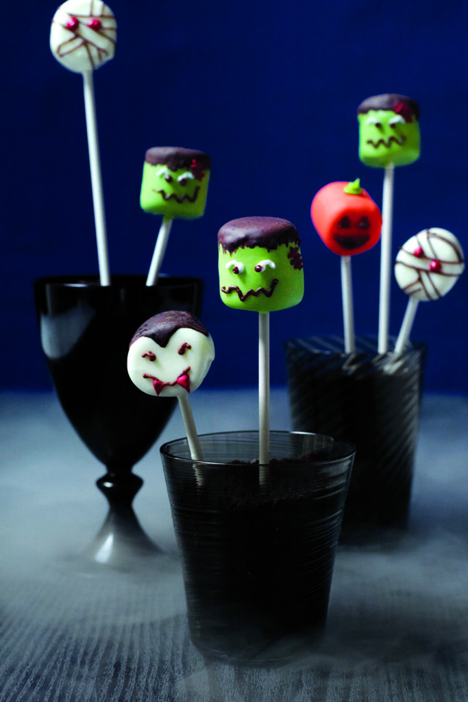Marshmallow Heads - cute Halloween food ideas for party