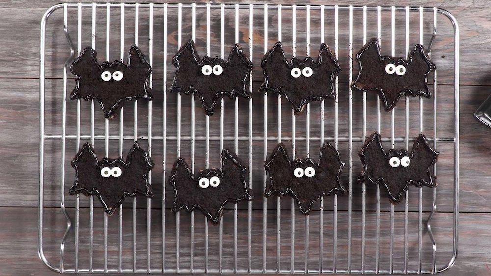 Chocolate Churro Bats- best chocolate Thanksgiving desserts