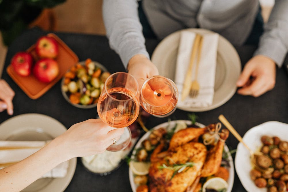 How to wish Thanksgiving Day to clients