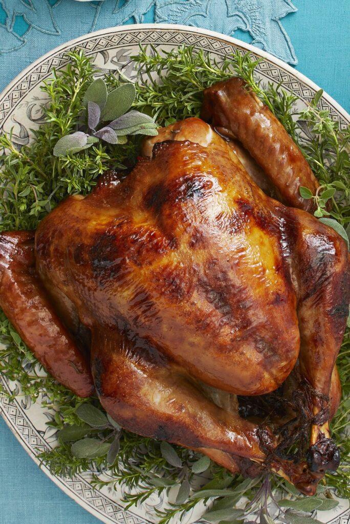 Maple-Rosemary Roast Turkey- best roast turkey recipe for Thanksgiving
