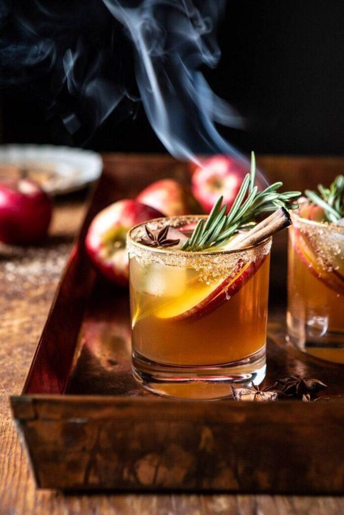 Smoky Harvest Apple Cider Margarita- classic Thanksgiving drinks