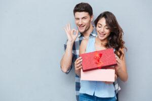 Best Thanksgiving gift ideas for girlfriend