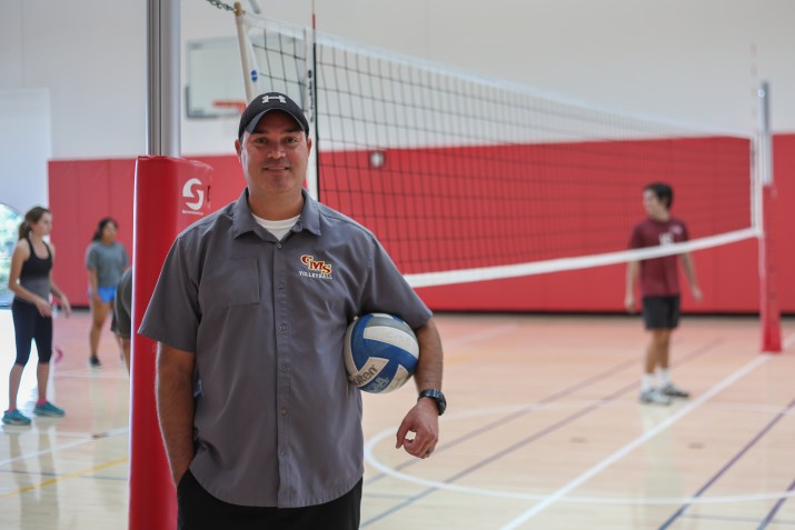 Athena Volleyball Coach Vlasich Comes Home To Claremont Builds Dynasty The Student Life