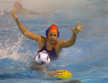 Senior-heavy Sagehen women's water polo team looks to strong-arm competition in pursuit of SCIAC three-peat