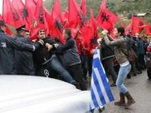 Πρεμετή: Αλβανοί φασίστες εμπόδισαν ιερείς και πιστούς να βρίσκονται κοντά στους τοίχους της… εκκλησίας!!!