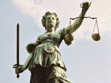 Τι θα σημάνει η κατάργηση της στρατιωτικής δικαιοσύνης που δρομολογείται…