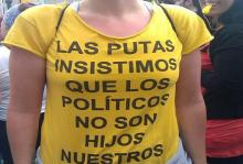 Συνεχίζουν τον ανένδοτο αγώνα οι Ισπανίδες πουτ@νες κατά του μπουρδέλου της βουλής τους.