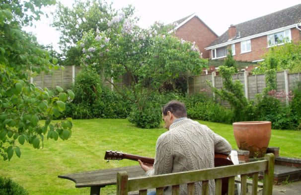 Solo Acoustic Guitar Album - Claudia's Garden 1 - Lucie Robinson