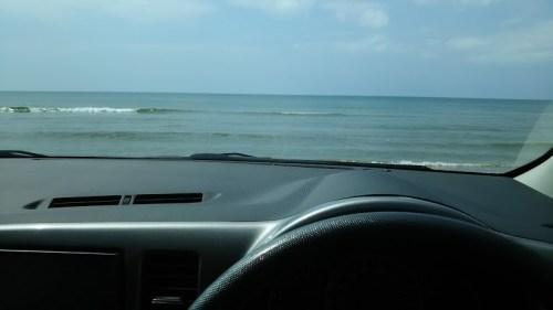 DSC 0616 500x281 千里浜なぎさドライブウェイ!日本で唯一車で走れる海岸&気多大社