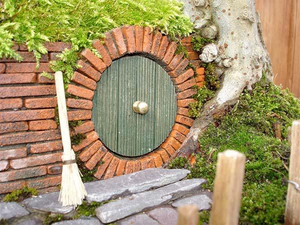 盆栽とエルフの融合ドア