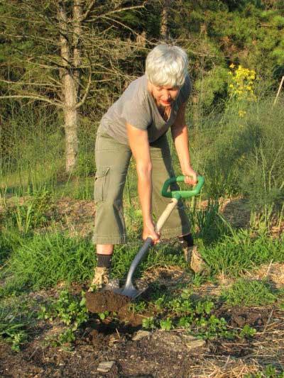 女性のための農機具使用