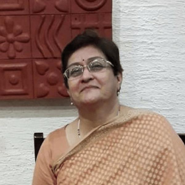Bio – Dr Archana Tyagi