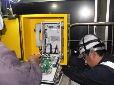 高速道路通信設備工事2