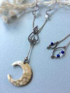 月の振り子(蝋引き紐)