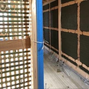 紬建築 土壁
