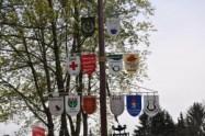 Maibaum aufstellen am Ehrenmahl Grußendorf (7)