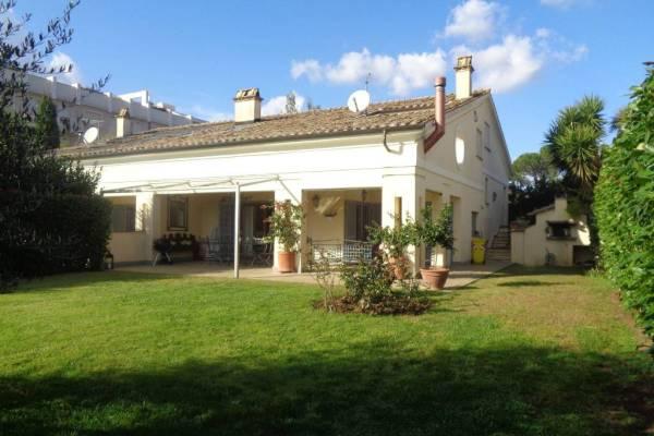 Villa rifinitissima in comprensorio