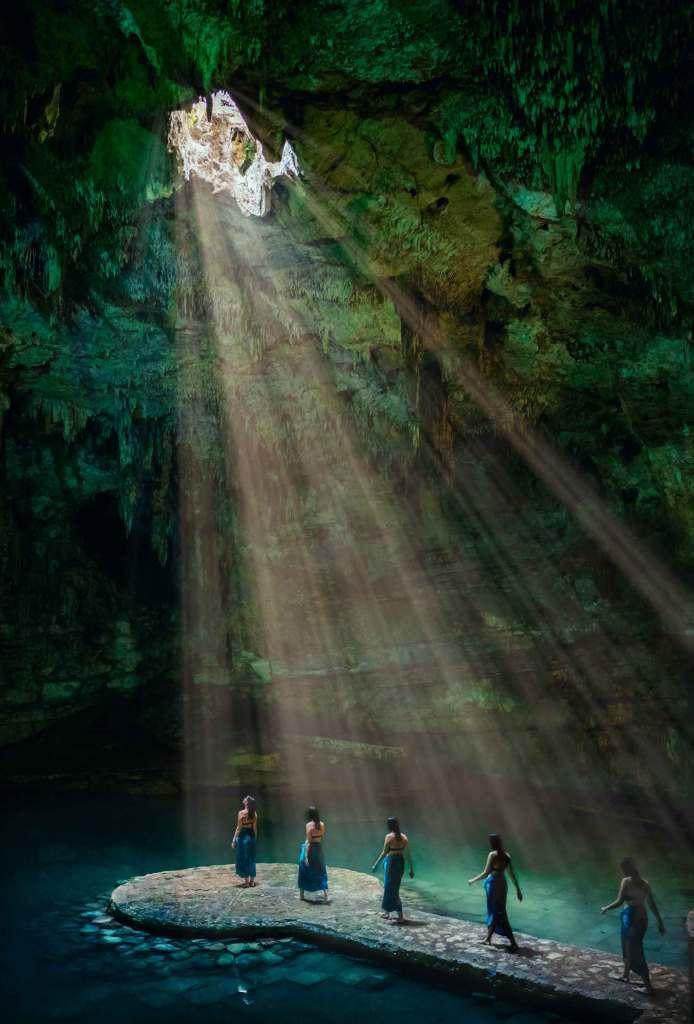 Mexico_Suytun-Cenote-Multiplicity