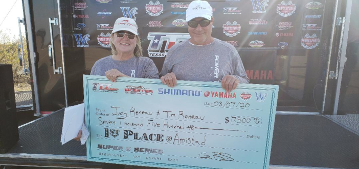 HUSBAND & WIFE TEAM OF TIM & JUDY RENEAU WIN AMISTAD WITH 22.62lbs