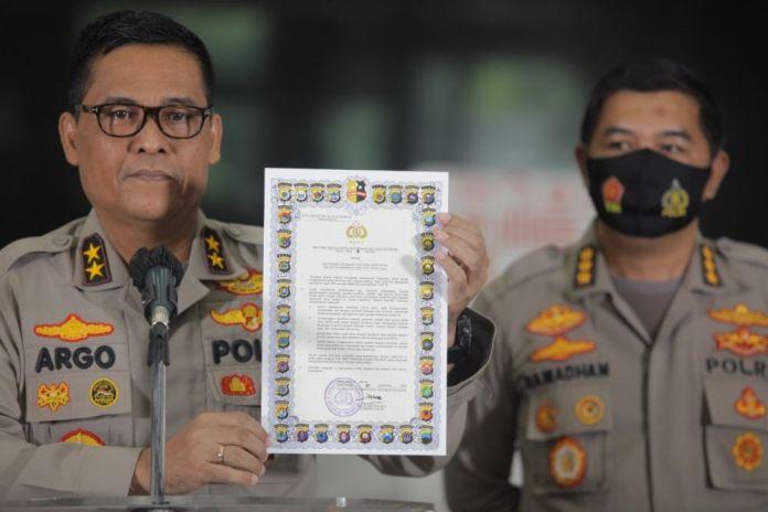Kepala Divisi Humas Polri Irjen Argo Yuwono dalam konferensi pers di Jakarta