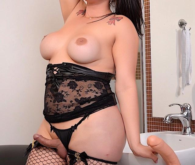Sexy Tranny Girl Fernanda Lemos Masturbates Shegods