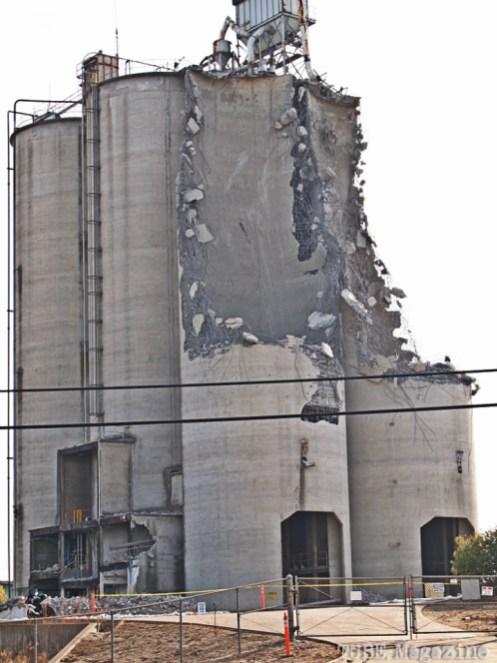West Sacramento Pioneer Bluff Demolition Nov 4, 2014 Photo Sarah Elliott