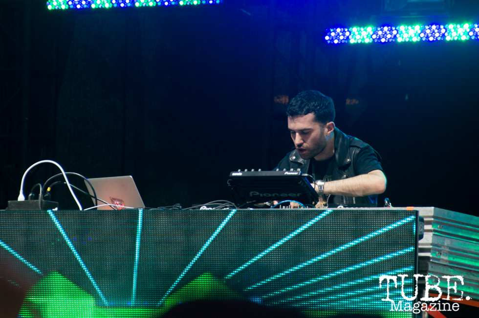 A-Trak playing on the Jukely Stage at TBD Festival in Sacramento, Ca. September 2015. Photo Alejandro Montaño