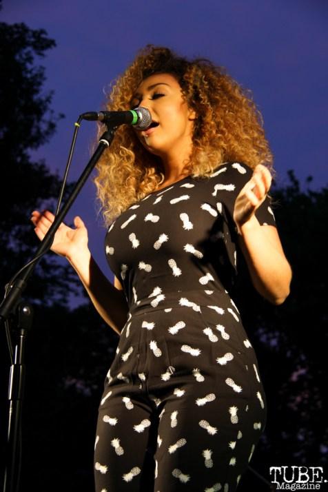 Tessa Evans Singing with James Cavern, Cesar Chavez Park, Sacramento, CA. May 6th, 2016. Photo Anouk Nexus