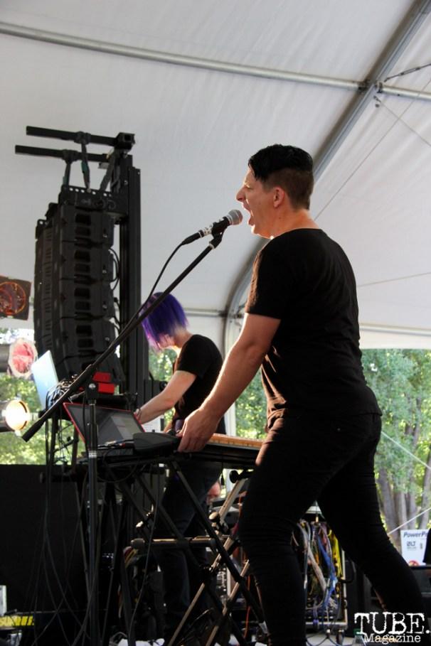 Ean Clevenger singer and David Wright keyboardist of NMBRSTTN, Concerts in the Park, Cesar Chavez Park, Sacramento, CA. June 3, 2016, Photo Anouk Nexus