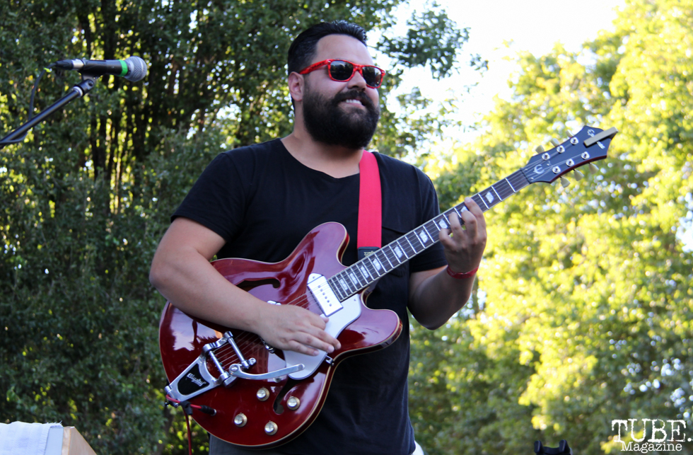 uitarist of Hans! and the HOT MESS, Concerts in the Park, Cesar Chavez Park, Sacramento, CA. July 15, 2016. Photo Anouk Nexus
