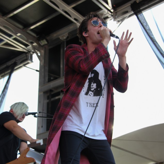 Vocalist Cameron Boyer of Weathers, City of Trees, Bonney Field, Sacramento, CA. September 10, 2016. Photo Anouk Nexus
