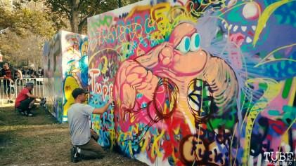 Local Sacramento artist Jared Tharp painting, Aftershock, Discovery Park, Sacramento, CA. October 23, 2016. Photo Anouk Nexus