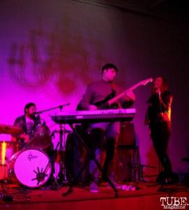 Gabe Merriman keyboardist/guitarist, Ellen Cross and drummer of The Rippers, Red Museum, Sacramento, CA. December 07, 2016. Photo Anouk Nexus