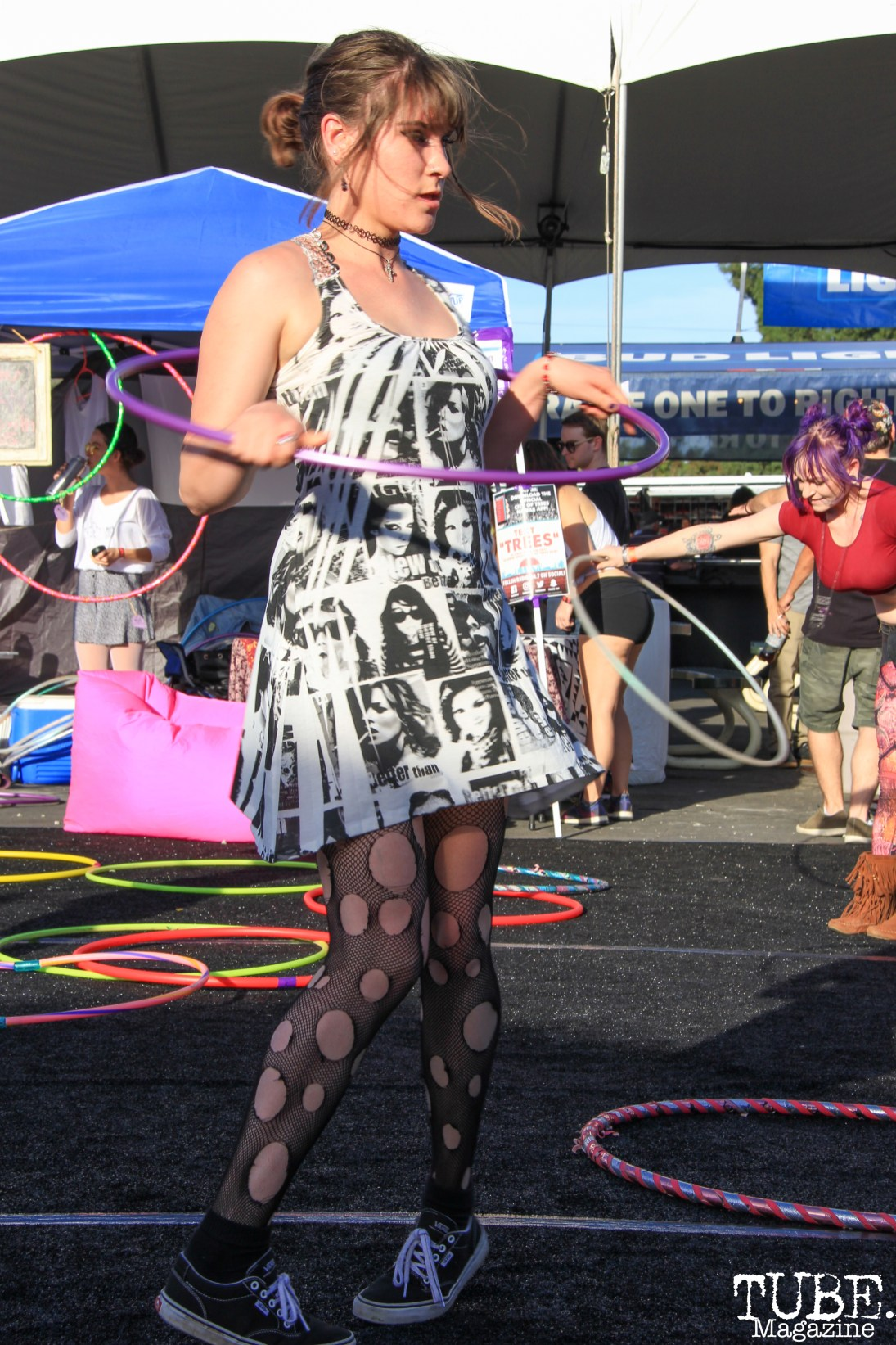 Attendee Hula hooping, City of Trees, Papa Murphy's Park, Sacramento, CA. September 24th, 2017. Photo Anouk Nexus