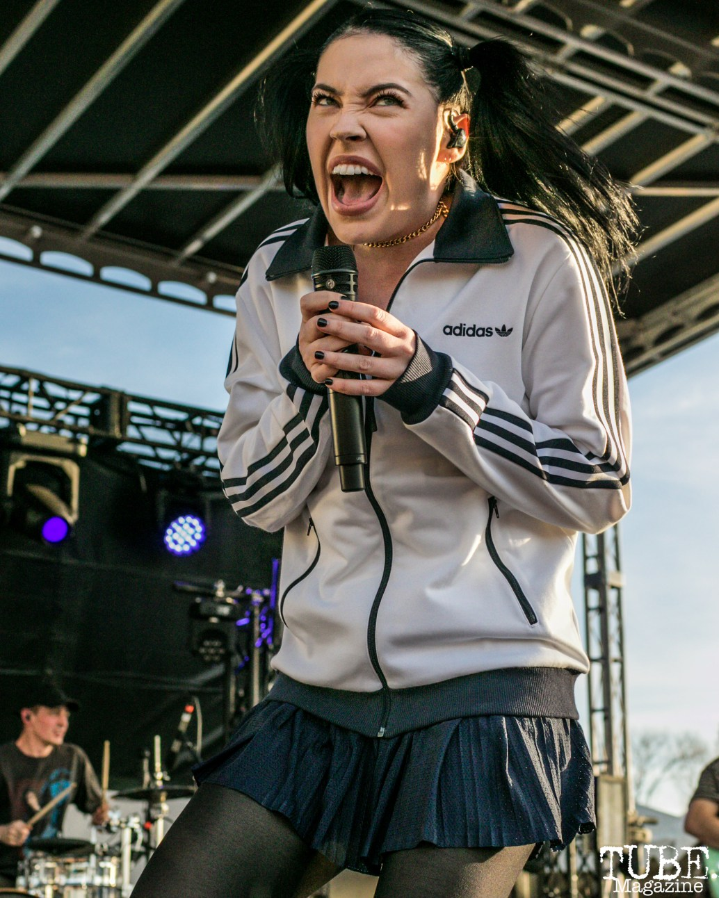 Bishop Briggs performing, City of Trees, Papa Murphy's Park, Sacramento, CA. September 24th, 2017. Photo Mickey Morrow