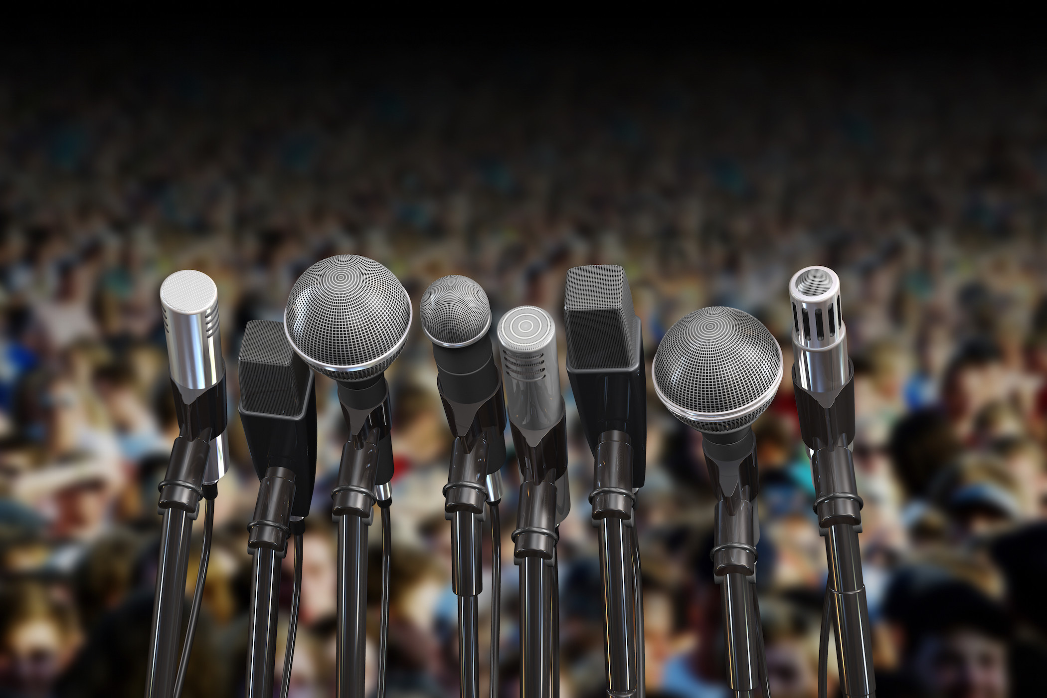 Top 7 Ways on How to Overcome Fear of Public Speaking; Especially as an Introvert!