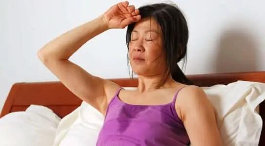 Sintomas del hipertiroidismo en mujeres
