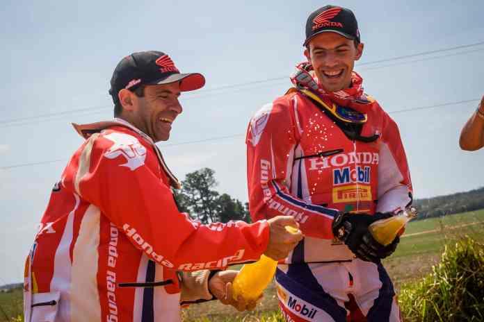 Jean Azevedo é campeão do Rally dos Sertões pela sétima vez