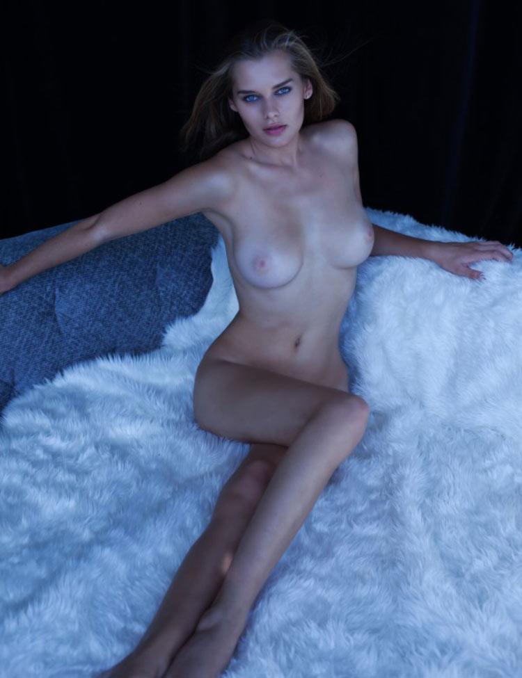 Solveig-Mork-Hansen-sensual