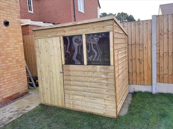Shrewsbury-Shropshire-Carpenter-window-erecting-Shed4