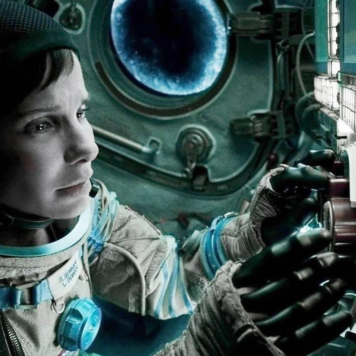 TN142_winter_movies_gravity_720