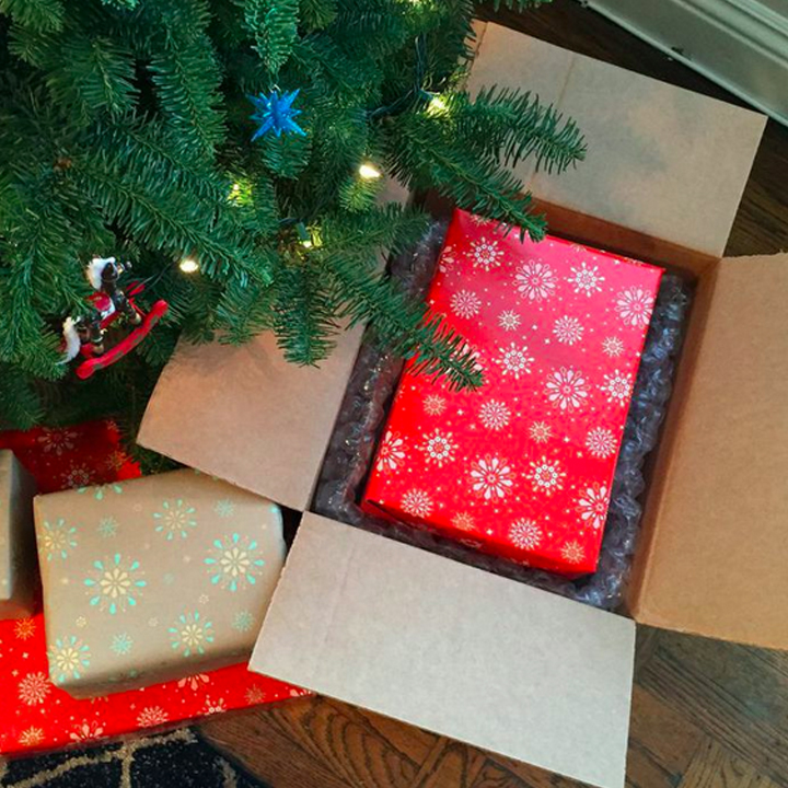 Shyp gift-wrap and shipping TueNIght.cm