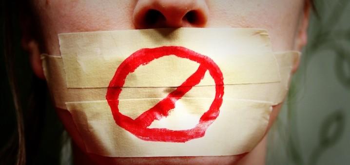 tuenight censored deb rox self-censorship