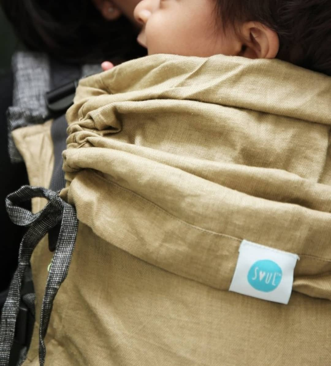 Quick Tips to find the right Baby Carrier Fabric