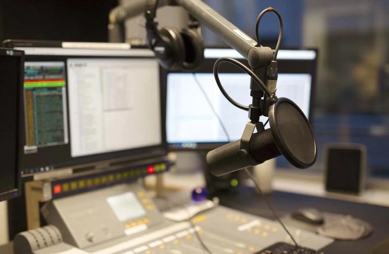 Tuğşah Bilge – Canlı Radyo Programı