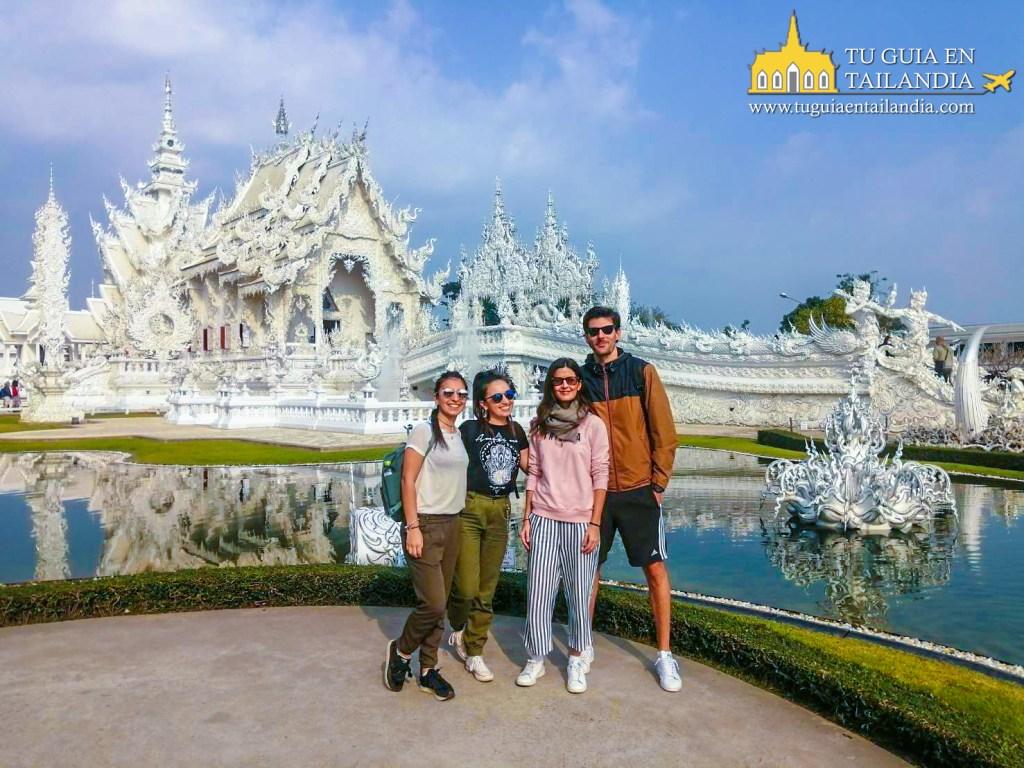 Tour al templo blanco de Chiang Rai.